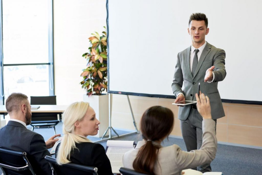 Four Reasons Great Leaders Ask More Questions 1